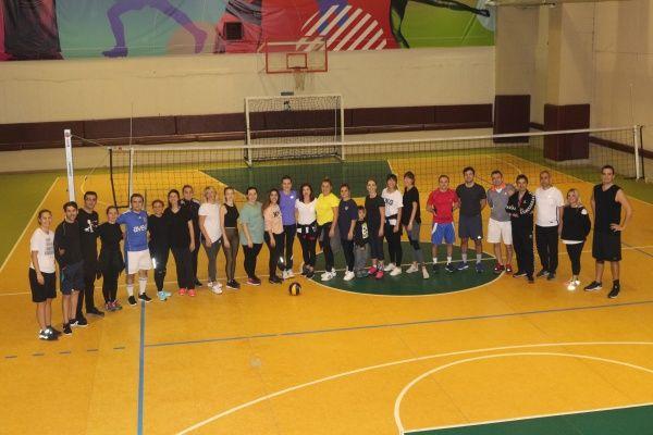 Uğur Koleji Öğretmenler Voleybol Turnuvası