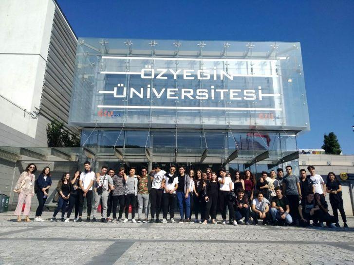11. Sınıf Öğrencileri Üniversiteye İlk Adımı Attı