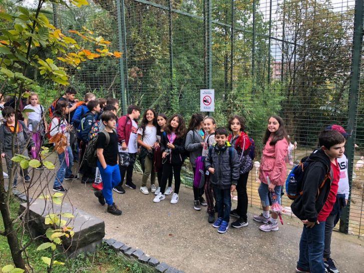 Doğa ve Hayvan Dostu Uğurlu Çocuklar Darıca Hayvanat Bahçesinde