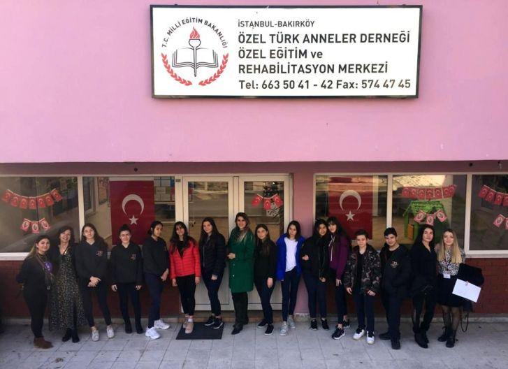 Uğurlu Eller Türk Anneler Derneği Rehabilitasyon Merkezi'ndeydi