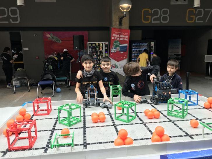Bestvex Uğur  katılmaya hak kazandığı ulusal turnuvada okulumuzu başarı ile temsil etti