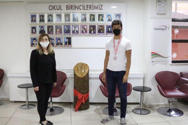 Türkiye Deniz Kürek Şampiyanasında 3. Uğur Kolejiden
