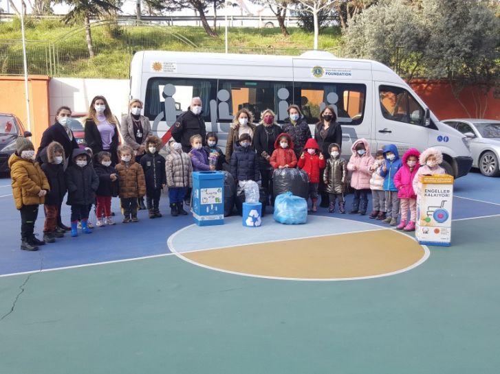 Florya Uğur Koleji Anaokulu Öğrencileriniz Topladıkları Plastik Kapakları TOFD'ye Teslim Etti